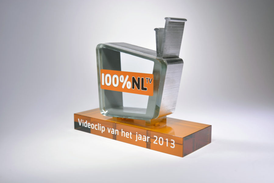 AWARDS: 100% NL Videoclip Award 2013